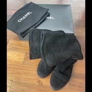 CHANEL SHEARLING BOOTS